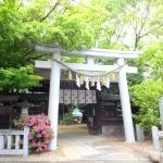 お隣には福島天満宮:緑が綺麗に映えます