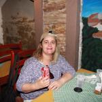 Eu, Bia Medeiros, almoçando no restô Braunas