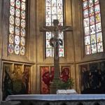 altare e vetrate