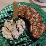 Tarta de galleta y chocolate en forma de salchichón
