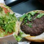 Tamanho do hambúrguer e pão.