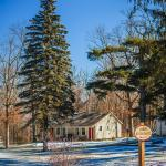 Woodfield Manor, a Sundance Vacations Resort Photo
