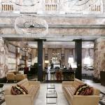 Lobby/Boyds Grill & Wine Bar