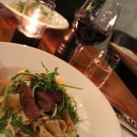 Pappardelle al bosque - Pasta med grillet hjort og grønnsaker i kremet saus