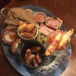 Gorgeous Fitz sharing pub plate and the messy farm chips with Bloody Mary sauce