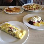 goulash, potatoes pancakes, omelette & Swedish crepes