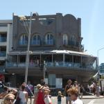 Ravesi Hotel & Restaurant