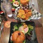 Фотография Napa Valley Burger Company