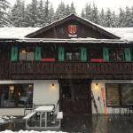 Crystal Mountain Hotels Alpine Inn Photo