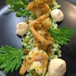 Crevettes à la Chermoula, brunoise Granny-celeri, Chantilly Harissa