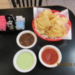 traditional, tomatoe and avacado dips w/ chips