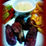 food tasted amazing ! I loved it !!! the meat is just the way i love it ,omfg those vegs are tas