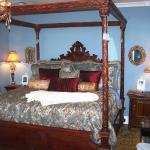 Luxurious King Size Beds