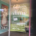 Dixie Lane Tearoom and Bakery