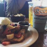 Фотография Luci's Healthy Marketplace