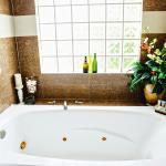 Luxury Bathrooms! www.pelicanreefvillas.com