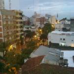 La foto pertenece a la vista desde la ventana del hotel.Posada pujante y tradicionalista.