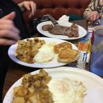 Great breakfast Love love the hash brown potatoes and they are very good at cooking your eggs th