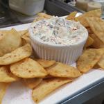 Creamy Cool Spinach Dip w/ pita chips