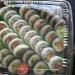 Take Out Sushi 100 Pieces