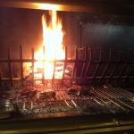 ah ! la cuisson au feu de bois ....