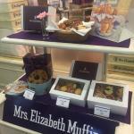 Mrs Elizabeth Muffin Foto