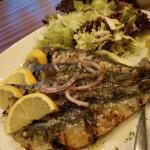Foto de Waves Greek Restaurant & Cafe