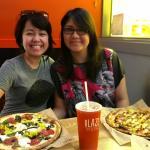 Photo de Blaze Fast-Fire'd Pizza