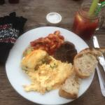 Bruch & Gin Bloody Mary.