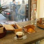 Cappuccino + croissant