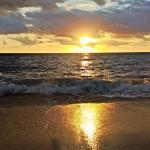 nascer do sol incrivel na praia de estaleirinho - sc