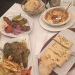 Προσεγμένα πιάτα κι ιδιαίτερες γεύσεις