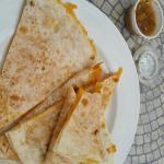 """Quesadilla, jus de tomate version large et soupe du jour en version """"cup"""""""