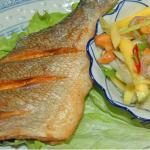 Dorade à la salade de mangue verte