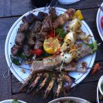 brochette agneau-magret-bœuf-thon-gambas-poisson-sèche.