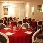 Salle du restaurant, variant selon la décoration
