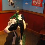 The Colonial Cafe Cow at Christmastime