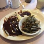 Liver and onions, mashed potatoes and green beans