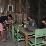 El hostel es totalmente artesanal, y esta fabricado por el propietario y su fiel escudero.