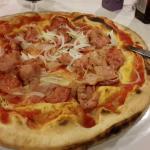 Pizza con impasto alla napoletana