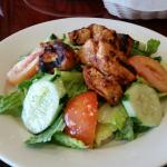 Lebanese salad with grilled chicken
