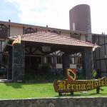 Entrada Hotel Berna