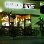 Pizzicato gourmet pizza on El Camino Real