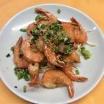 Jumbo shrimp with pepper and salt