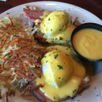 Got the Eggs Benedict. Was good but the hollandaise sauce was tasteless. The crispy hash browns