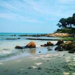 Пляж в бухточке