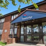 Peterborough Awalton - Exterior