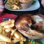 Steak & Ale pie with chips
