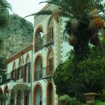 The Villa with the famous Rock behind