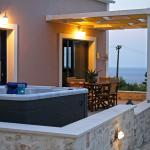 Deluxe Apartment - Terrace with Jacuzzi Spa andan amazing View